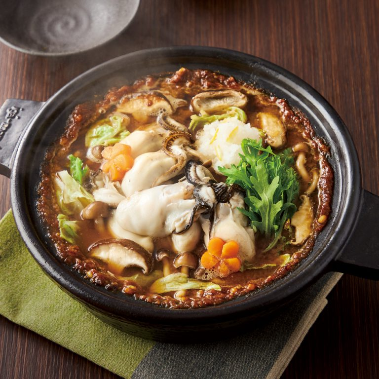 味噌でほっこり牡蠣の土手鍋